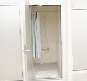 屋外シャワー