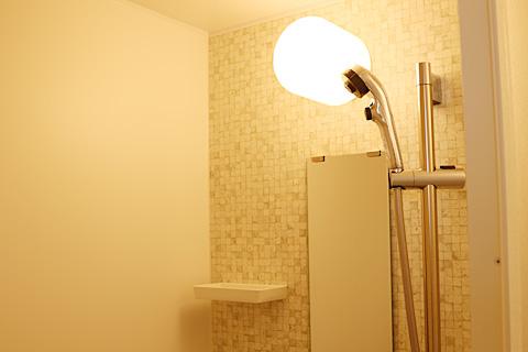 お部屋のシャワー室